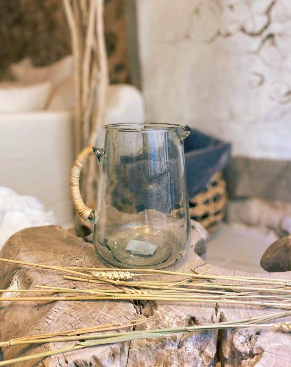 Carafe en verre avec anse en bamboo