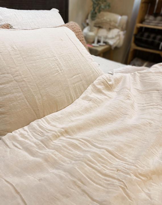 Jeté de lit en lin